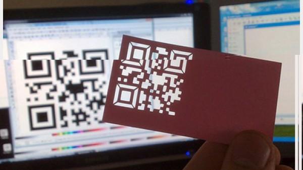 30个创意QR码名片设计
