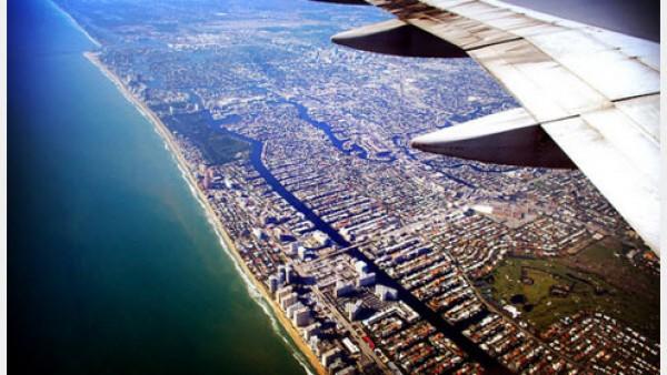 100张令人惊叹的飞机窗口定格下的世界